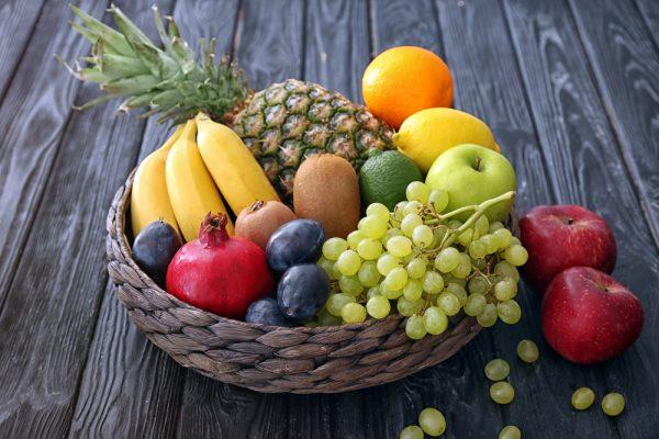 産地の厳選した野菜や果物を使用